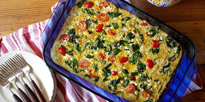 Spinach, Tomato, and Quinoa Breakfast Casserole